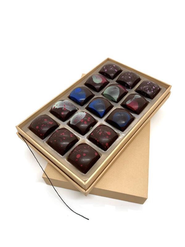 15 mixed chocolates